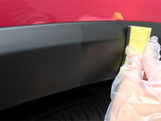 未塗装樹脂やゴムの艶が復活!『99工房モドシ隊 ゴム&未塗装樹脂光沢復活剤』