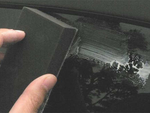 ガラスだけ新車に戻る?ガラス磨きのススメ。