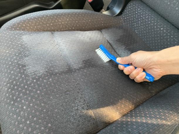 【年末年始は大掃除シーズン!車の大掃除やってみました~車内篇~】をアップしました。