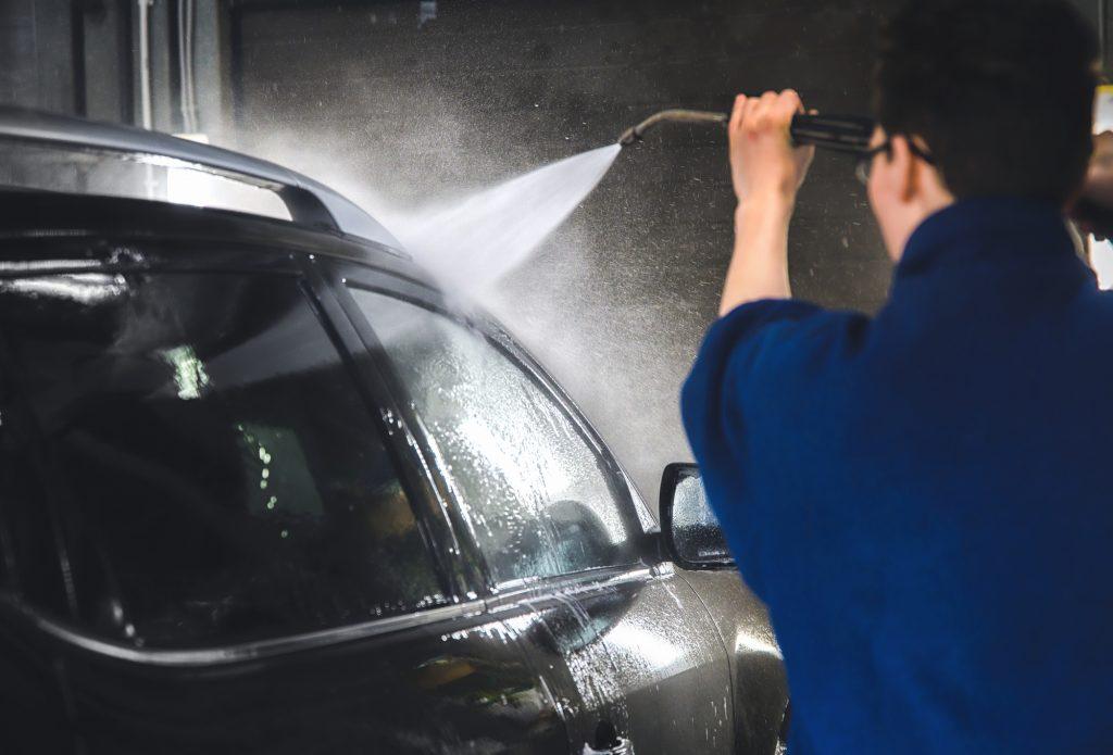 水洗い洗車の手順